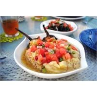Sıcak Köz Patlıcan Salatası