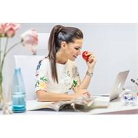 Ofis Saatleri İçin Sağlıklı Beslenme Önerileri!