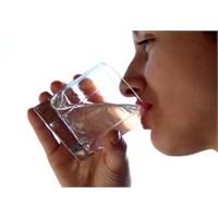 Yeterli Su İçip İçmediğinizi Test Edin