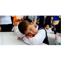 Uzmanlar Uyarıyor; Okul Fobisi İçin Önleminizi Alı