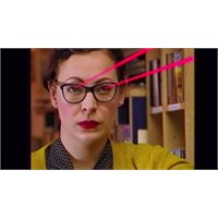 Yeni Video: Camera Obscura - Troublemaker
