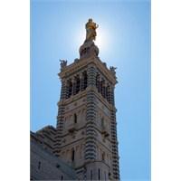 Akdeniz'in 300 Günü Güneşli Kenti, Marsilya