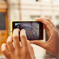Dijital Ekranlar Ardında Hayatın Gerçeği Kaçar!