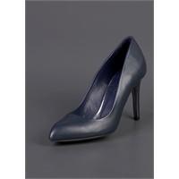 Kadınlardaki Yüksek Topuklu Ayakkabı Hazzı !