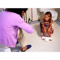 Bebeklerde Ve Çocuklarda İdrar Yolu İltihabı