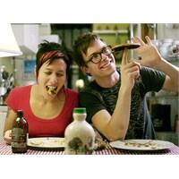 """Yeni Video: Matt & Kim """"Let's Go"""""""