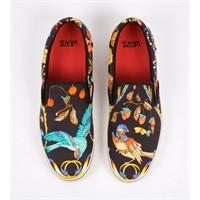 Eski Şallar Vans Ayakkabı Olursa