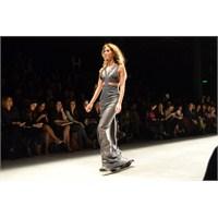 Mercedes - Benz Fashion Week İst Tuvana Büyükçınar