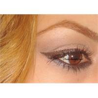 Kahve / Larcivert Göz Makyajı Videosu