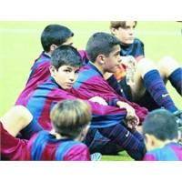 Tozlu Raflardan #4 | Barça'nın Futbolcu Fabrikası