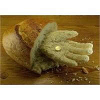 Ekmek Lazım