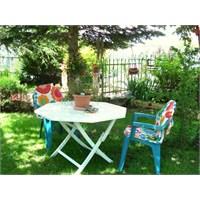 Eskiyen Plastik Bahçe Sandalyelerini Ne Yapmalı?