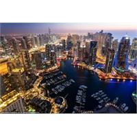 Muhteşem Gökdelenleriyle Ünlü Dubai
