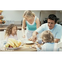 Yemekleri Ailece Yiyin