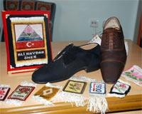 Isparta Halısından Ayakkabı Üretti