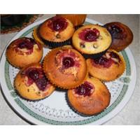 Vişneli Çikolatalı Muffin Yermisiniz?