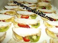 Meyveli Sandviç