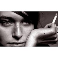 Sigara Kadını Kalbinden Vuruyor!