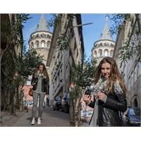 Galata'da Karaköy'e Sokak Modası