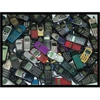 Bir Zamanların Cep Telefonu Modası Böyleydi