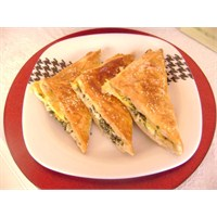 Pazılı Zarf Böreği
