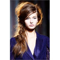 2013 Uzun Saç Modelleri Ve Renkleri