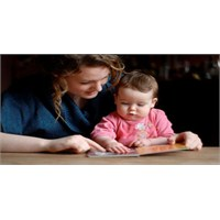 Bebeğin İlk Kitabı Nasıl Olmalı?