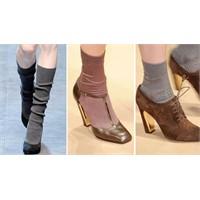 Trend Uyarısı: Kısa Çorap Ve Topuklu Ayakkabı!