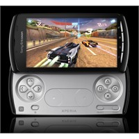 İlk Play Station Telefonu: Sony Xperia Play
