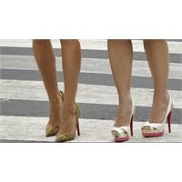 Kadının Ayakkabı Aşkı Bitmez!