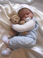 Bebeklerde Emzik Kullanımına Dikkat