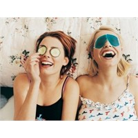 Göz Altı Şişkinlikleri İçin Evde Bitkisel Tedavile
