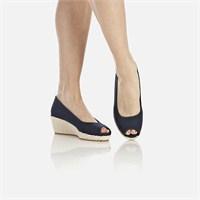 Lacoste Bayan Ayakkabı Tasarımları