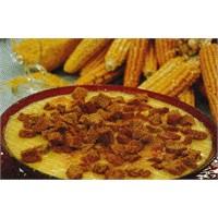 Kızarmış Ekmekli Sarı Mercimek Çorbası
