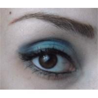 Kyrolan Far Paleti İle Göz Makyajı