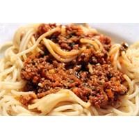 Bolonez Soslu Spagetti Hazırlanışı