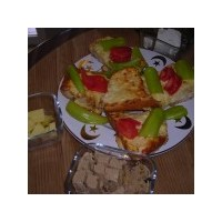 Firinda Yumurtali Peynirli Ekmek