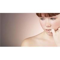 Kadınlarda akıntı neden olur?