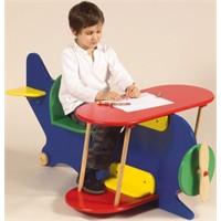 Çocuklar İçin Çalışma Masası Tasarımları