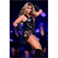 Beyonce Göz Kamaştırdı !