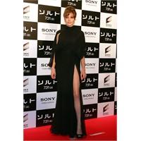 Angelina Jolie'nin Siyah Elbiseleri