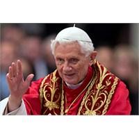 Bölük Çavuşu Ve Papa