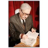 Turgut Özakman | Yazar, Bürokrat, Avukat