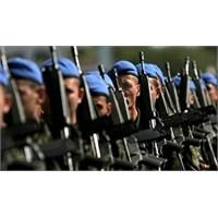 İş Arayanlar Mezun Olunca Askere Gitmek İstiyor