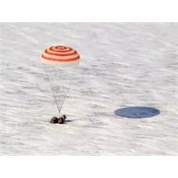 Rus Uzay Aracı 164 Gün Sonra Dünyada