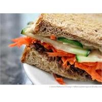 Diyet Sandviç Tarifi