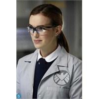 """Agents Of S.H.İ.E.L.D 1.Sezon 6.Bölüm """"Fzzt"""""""
