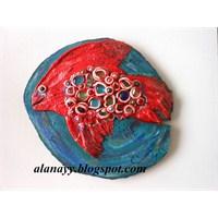 Ahşap Plaka Üzerine Kırmızı Balık Rölyef