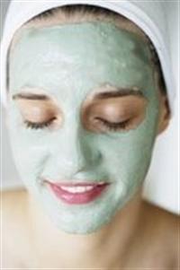 Cildi Güzelleştirmek İçin Nane Maskesi