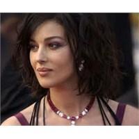 Monica Bellucci'nin Güzelliğinin Sırrı
